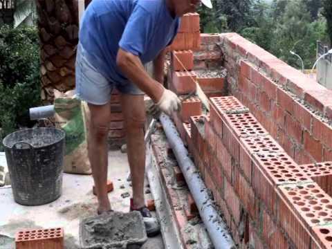C mo hacer una pared de ladrillo perforado video n 7 - Como revocar una pared de ladrillo hueco ...