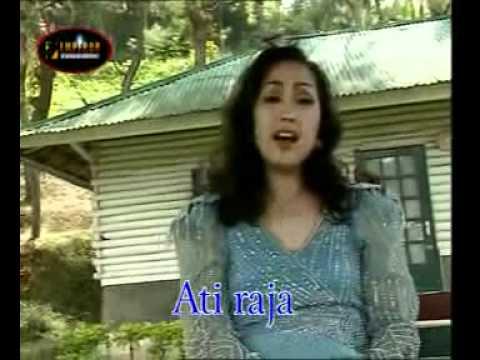 aguslatu : Angel Pfaff - Ati Raja.flv
