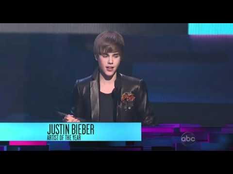 Justin Bieber Wins Artist Of Year American Music Awards 2010