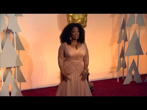 Academy Is Reportedly Trying To Nab Oprah Winfrey To Present Best Picture