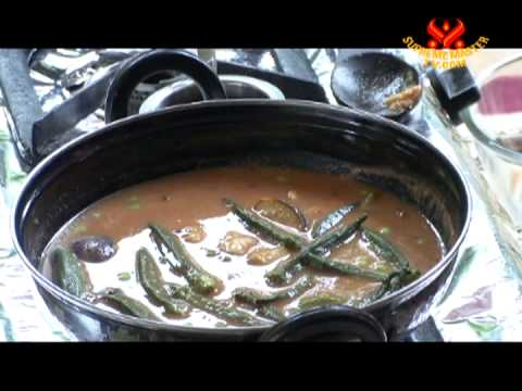 Authentic Tomato Curry from Pune, India (In Hindi)