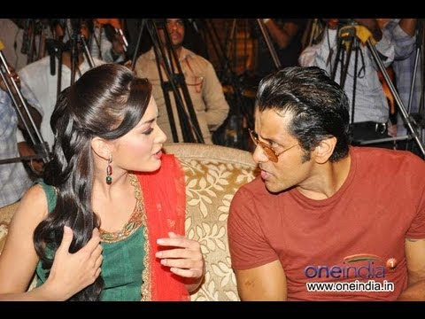 Vikram talks about Anushka, Amy jackson, Lakshmi rai