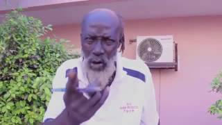 Père Bibi Gaye prend la défense de Mbathio Ndiaye