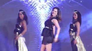 Sunny Leone - Hot & Sizziling Moves on the song Desi Look at Spread Love
