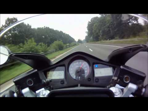 Honda VFR 800 on German Autobahn - Part 1