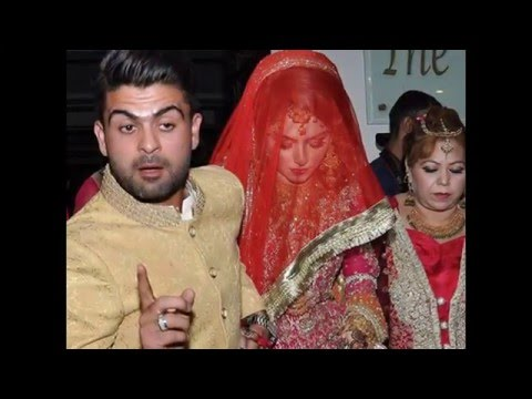 Pakistani Cricketers with their beautiful wife