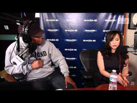 Rosie Perez Dishes Out On Relationship With Jennifer Lopez, New Book + PTSD klip izle