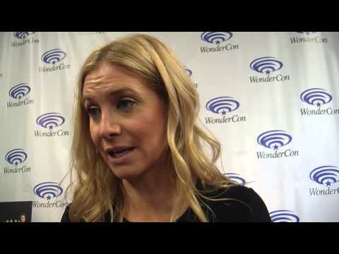 Revolution Elizabeth Mitchell On Justifying Rachel's Choices