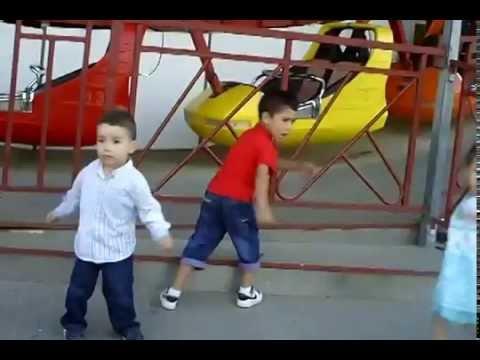 رقص صغار روعة thumbnail