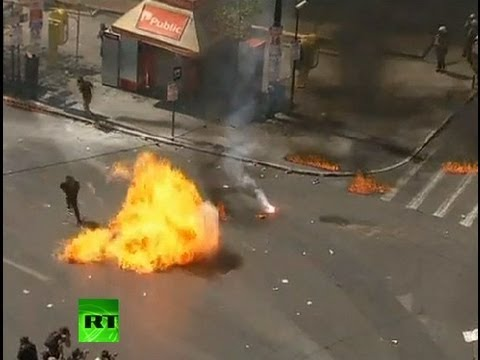 Greece Molotov Rampage: Protesters lob petrol bombs at police
