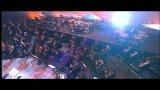 Scorpions - Rock you like a hurricane (live with orchestra) HD