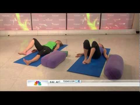 Natalie Morales - Today Show - yoga