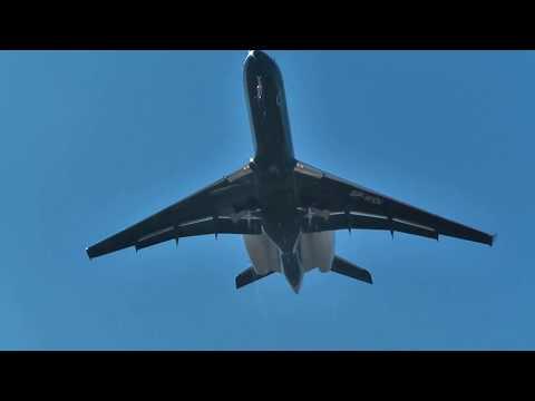 Podejścia Bombardiera Global Express Do 07 I Start Z 25 W Radomiu