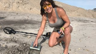 Farm Girl finds 1944 penny metal detecting on the beach using Garrett ACE!