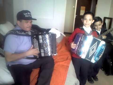 Nacho Hernandez de los AMABLES y Chuyito Bañales EL PALOMITO