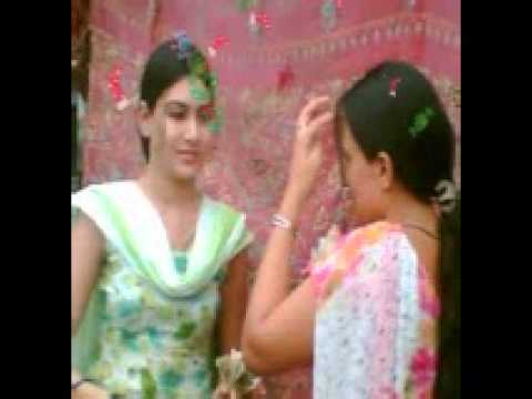 Pakistani School Girls video