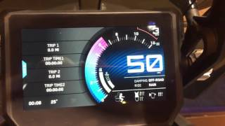 KTM 1290 SUPER ADVENTURE S 2017 TFT display