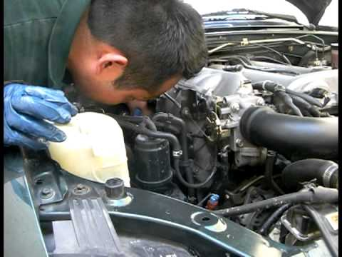 How to Change Your Engine Oil on a 1999 Mazda Miata