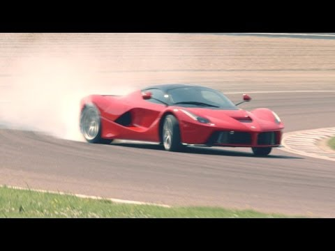 Ferrari LaFerrari (2014) CAR video review