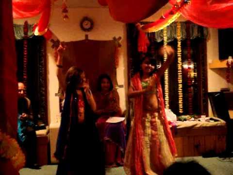 Rock N Roll Soniye - Kabhi Alvida Na Kehna Amla & Amanda .MPG...