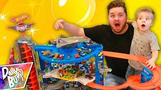 World Largest Hot Wheels Toy IN OUR HOUSE!!