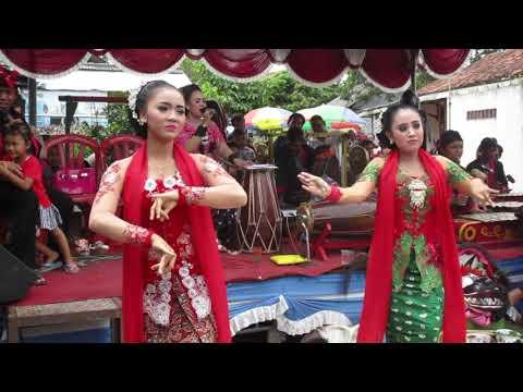 Siji Lima Bela dan Tantri Lengger Unggul Sekar Urip Budoyo di Tritih Kulon, Cilacap