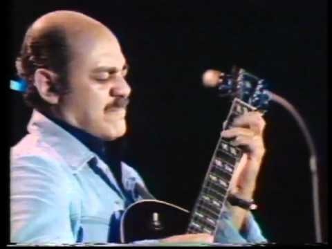 JOE PASS - YOU ARE THE SUNSHINE OF MY LIFE - (Montreux 1975)