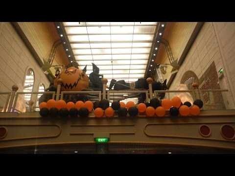 HALLOWEEN ON A CRUISE SHIP! (Independence of the Seas - Royal Caribbean)