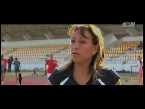 Reportaje de Chapis con la árbitro Virginia Tovar, Futbol en Serio TDN
