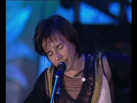 Мумий Тролль - Знакомым столичным (Live @ Лужники 2002)