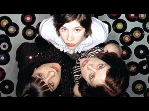 Sleater-Kinney - You're No Rock N Roll Fun