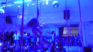 Marion Crampe performance Point G Milan Pole Dance Studio Bday Party.