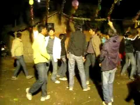 picnic 2011 katihar JAB WE MET.mp4