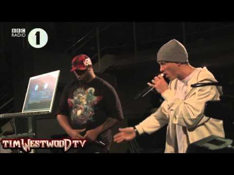 Handicap Match - Eminem Vs Justin Bieber - Freestyle Rap On Westwood Tv - Genesis Xyz video