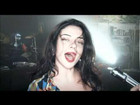 נינט ורד בנד- Crazy