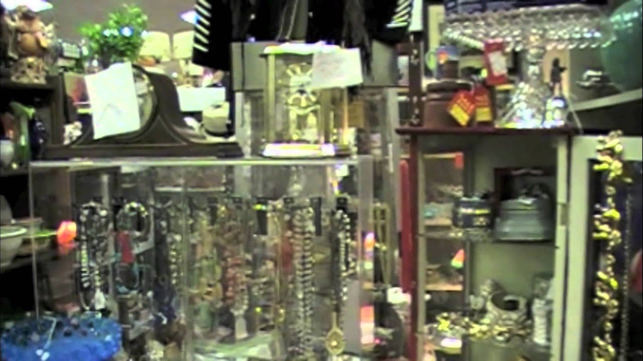Murfreesboro TN Antiques at HylaBrook Antique Mall