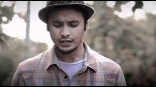 "Ello music video ""Benci Tapi Rindu"""