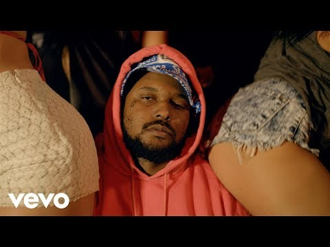 ScHoolboy Q - Man Of The Year klip izle