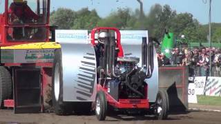 Modified 3,5t Tractor Pulling Füchtorf 2011
