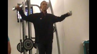 Graban a Obama haciendo ejercicio; video se vuelve viral
