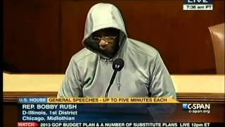 Funny Avg. Low IQ Negroid Bobby Rush of IL Gets On His Hoodie