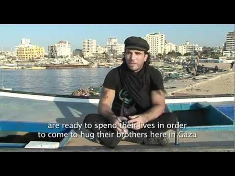 Intervista con Vittorio Arrigoni - Giornalista e Attivista (Rapito ed ucciso a Gaza)