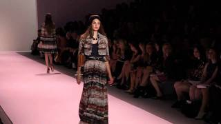 Download MILLY BY MICHELLE SMITH S/S 2011 FASHION SHOW - VIDEO BY XXXX MAGAZINE 3Gp Mp4