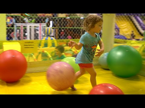 Genevieve Plays at Indoor Playground for Kids!