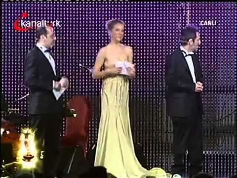 Kenan İmirzalıoğlu Best Male Actor And Ezel Best Serial - ‬ismail Cem Television Awards video