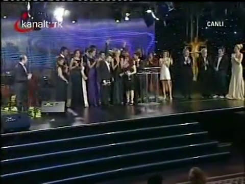 Kenan İmirzalıoğlu Best Male Actor and EZEL Best Serial - ‬Ismail Cem Television Awards