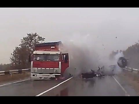 Самые жёсткие и страшные аварии 2015 (с информацией по авариям)