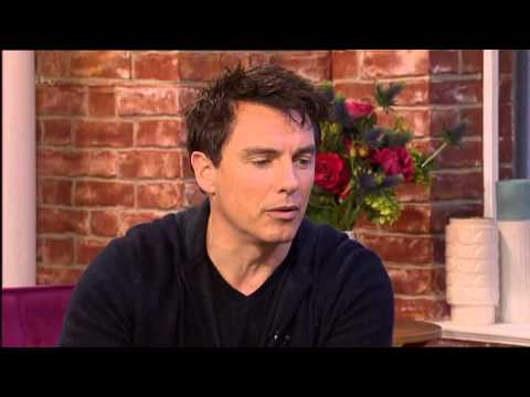 John Barrowman on This morning 01.03.13