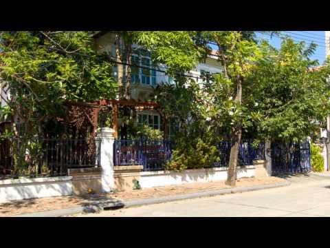Luxury 3 bed, On Nut, Bangkok