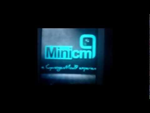 Apresentação da ROM MiniCM9-3.0.3 ICS 4.0.4 no Xperia X8